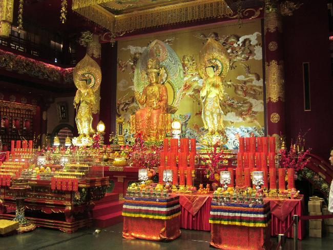 Buddha Tooth Relic Temple (3)