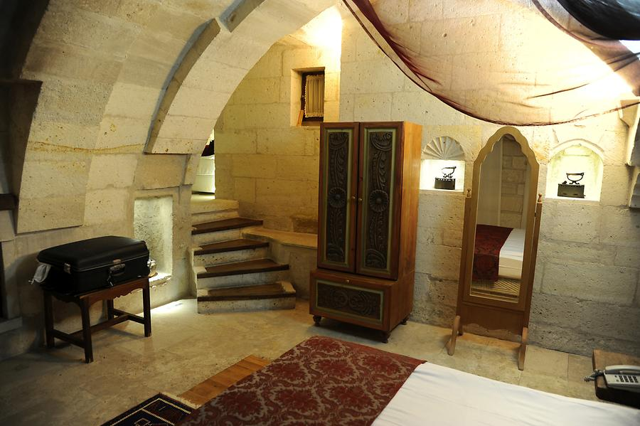 Anatolian House, Room