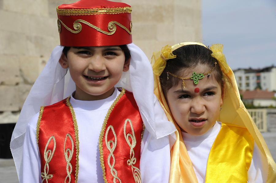 Children's Festival at Sultanhani
