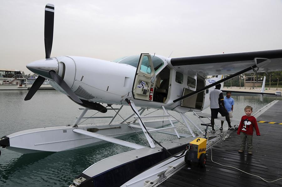 Hydroplane in Jebel Ali