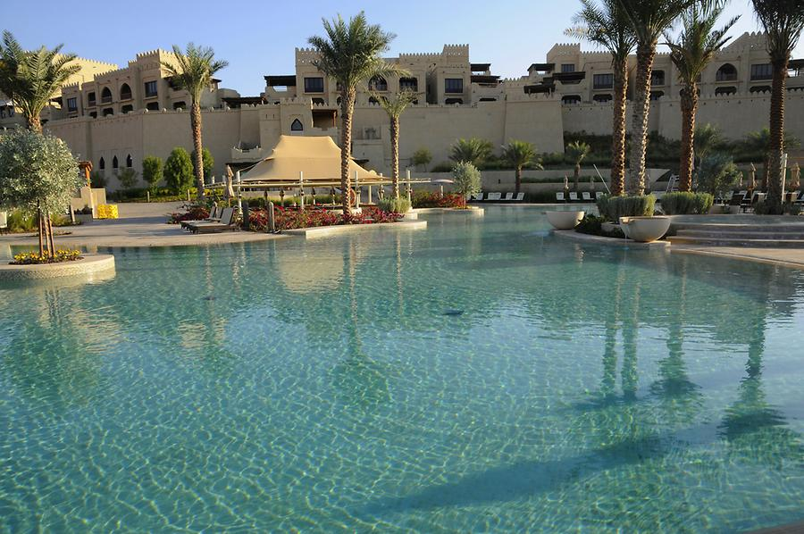 Pools Qasr al Sarab