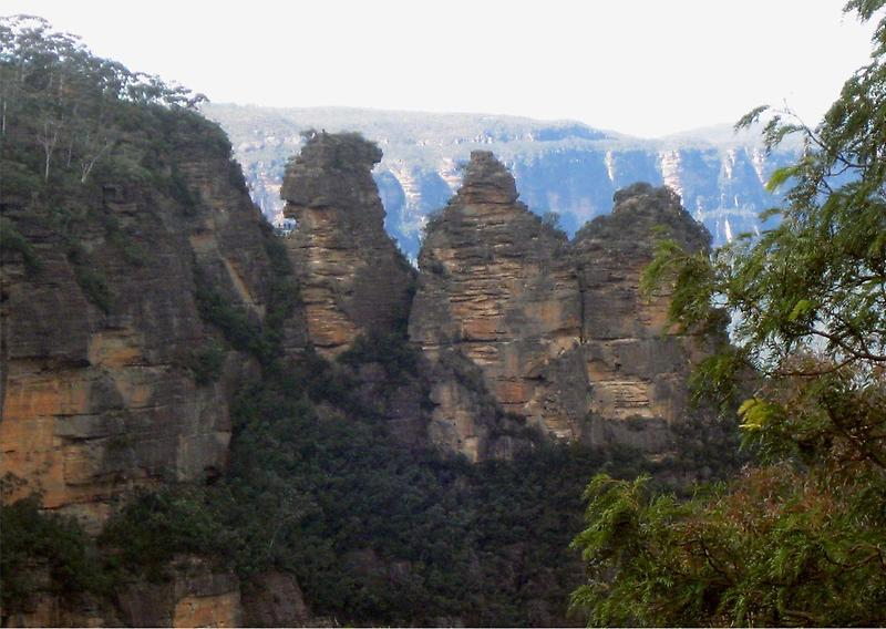 The Three Sisters Sandstone Rock Formation (1)