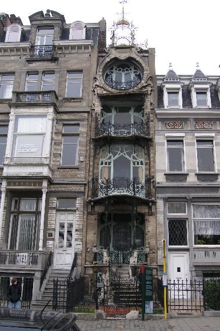 Saint-Cyr House, Brussels (1)