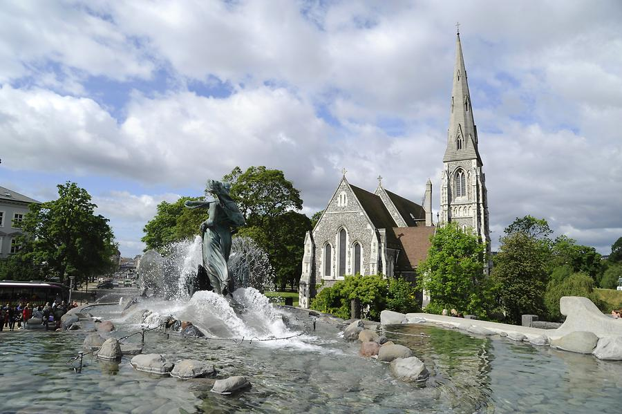 St. Alban's Church - Gefion Fountain