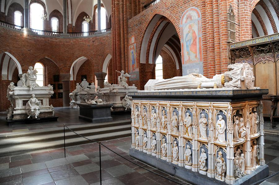 Roskilde - Cathedral, Sarcophagus of Queen Margaret
