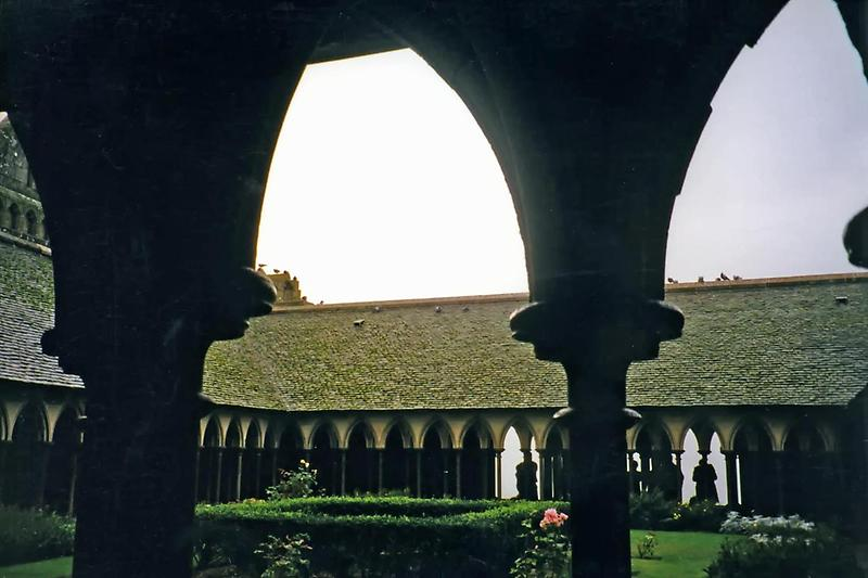 Cloisters, Mont-Saint-Michel