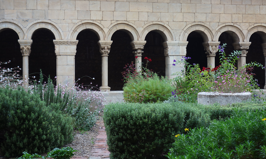 Cloister of Elne, Photo: H. Maurer