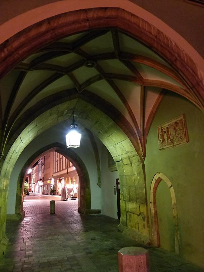 Straubing - City tower - Gothic passage