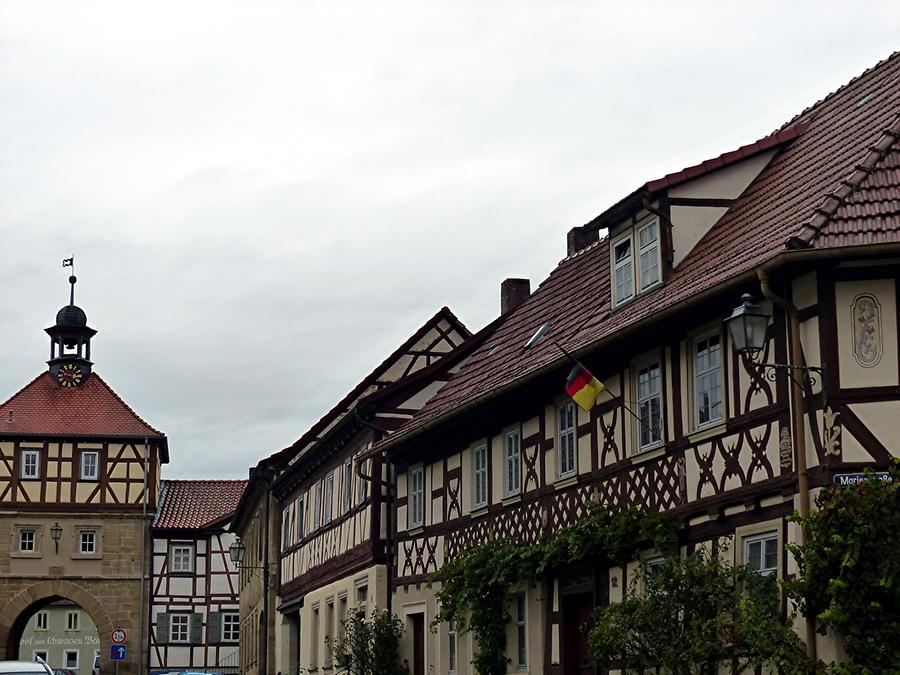 Königsberg in Bayern - Town gate - Timbered houses