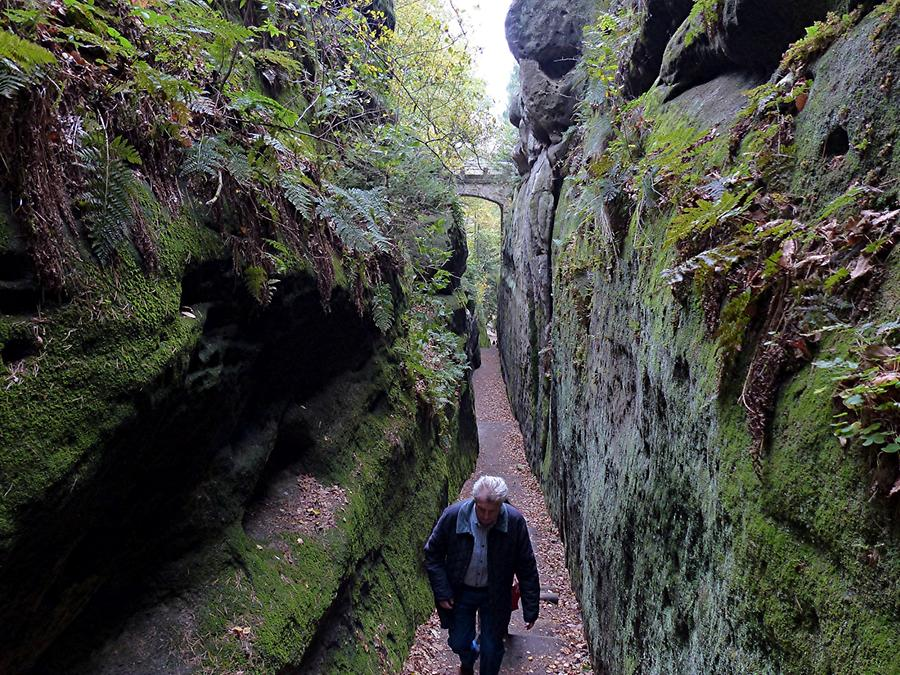Oybin - Ascent to the Castle; 'Knights' Gorge'