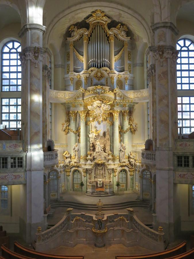 Dresden - Church of Our Lady, Altar