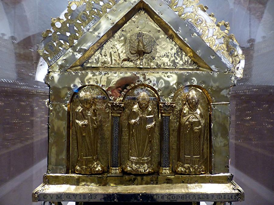 Hildesheim - Cathedral; Crypt, Godehard the Bishop's Shrine (died 1038)