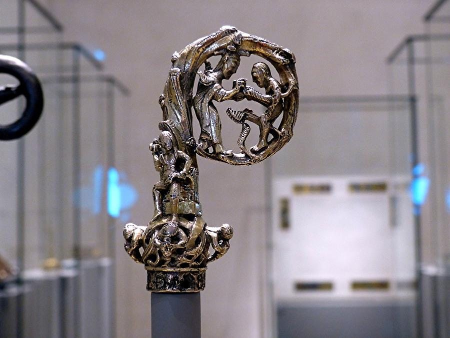 Hildesheim - Cathedral Museum; Crook of a Crozier, 996