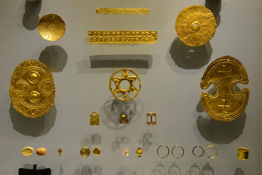 Archaeological Museum of Heraklion - Minoan Jewelry