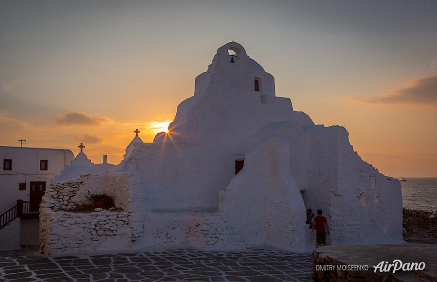 Panagia Paraportiani Church, Mykonos, Greece, © AirPano