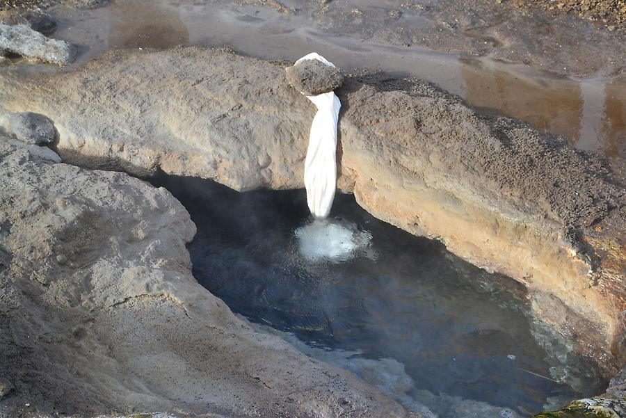 geothermal cooked eggs near the geyser