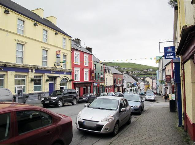 Street view in Dingle (2)