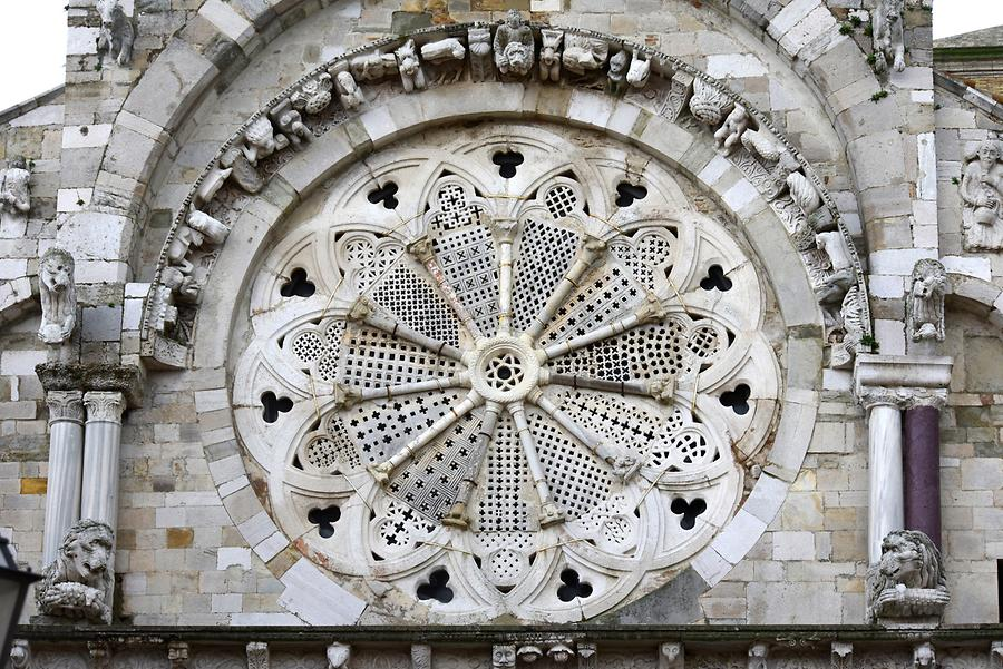 Troia - Cathedral; Rose Window