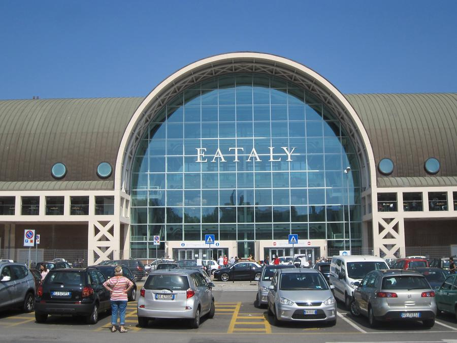 Entrance to the Eataly