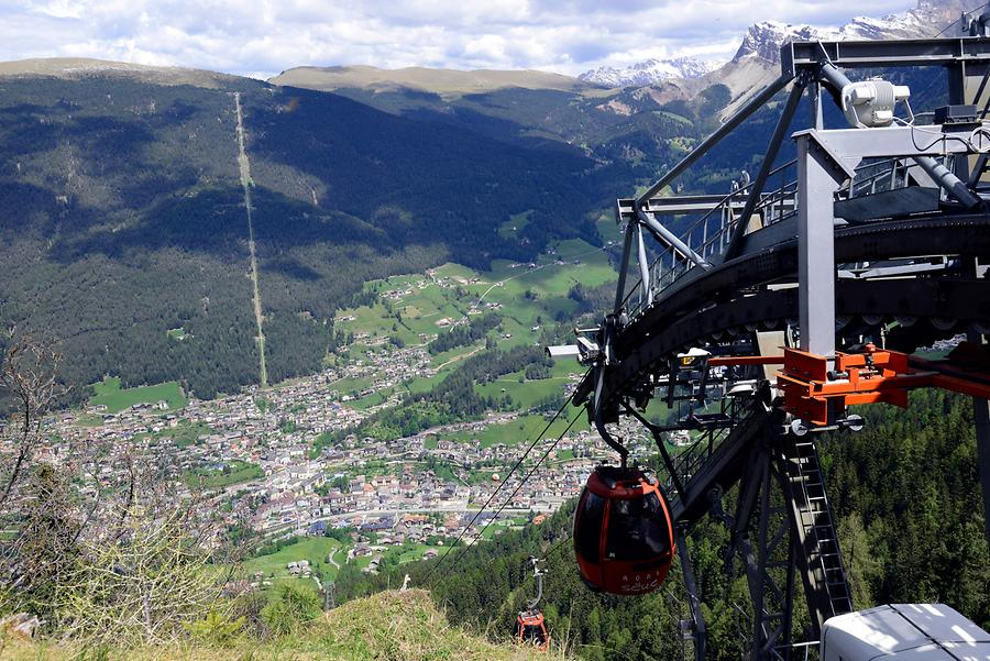 St Ulrich Cable Car