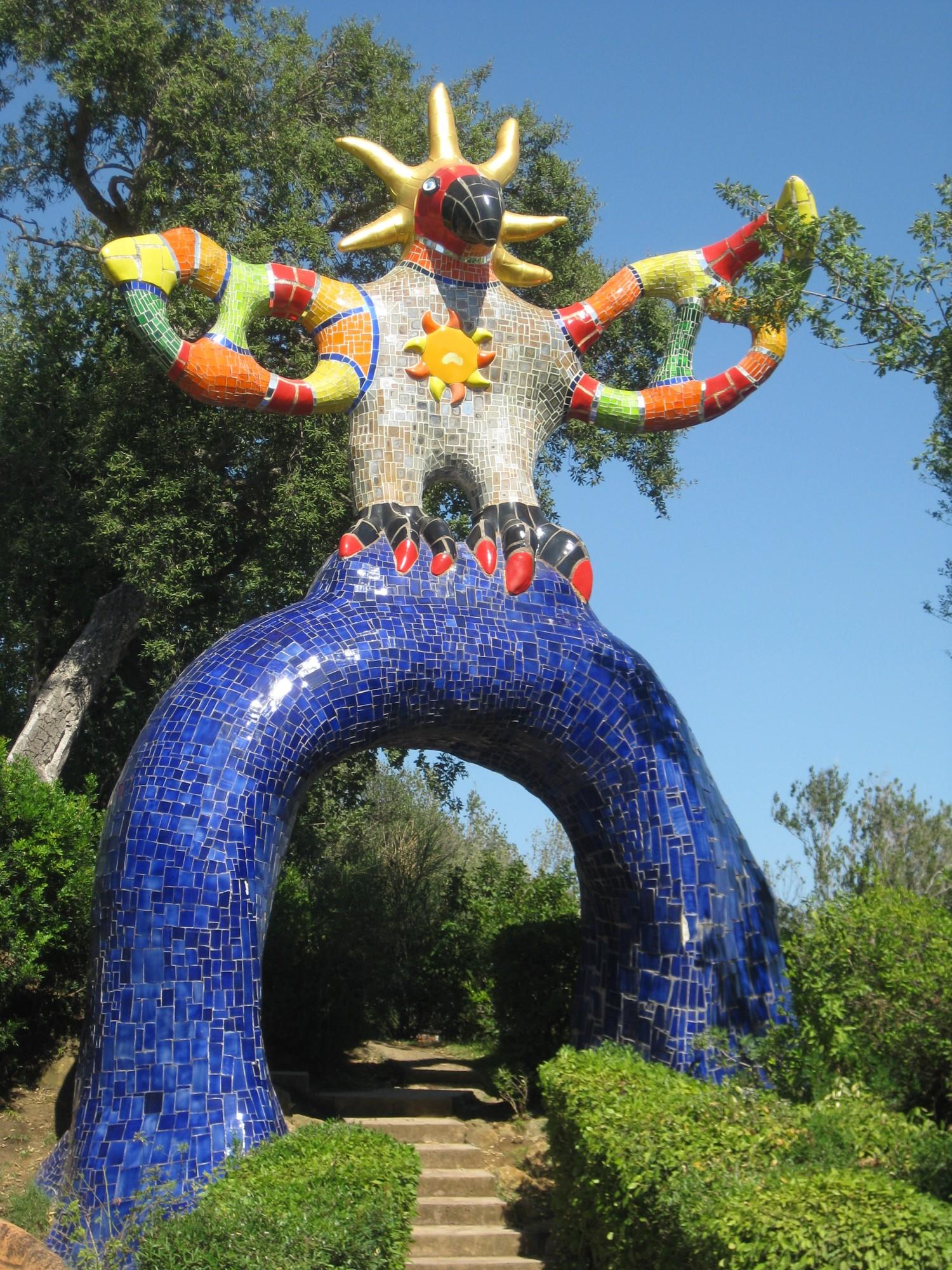 Niki de saint phalle tarot garden book garden ftempo - Jardin tarots niki de saint phalle ...