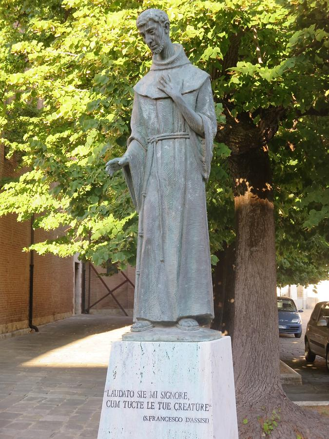 Grosseto - Statue of Saint Francis of Assisi