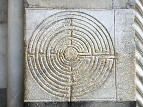 Lucca - Cathedral; Labyrinth (2)