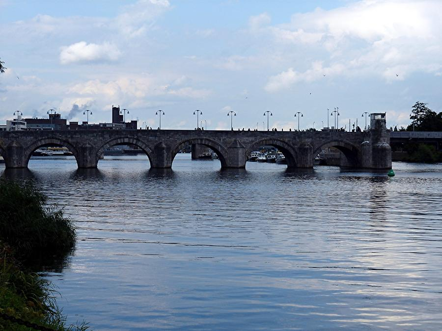Maastricht - Old Bridge of the Meuse