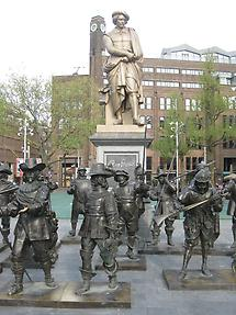 Amsterdam - Monument of Rembrandt with 'The Night Watch'