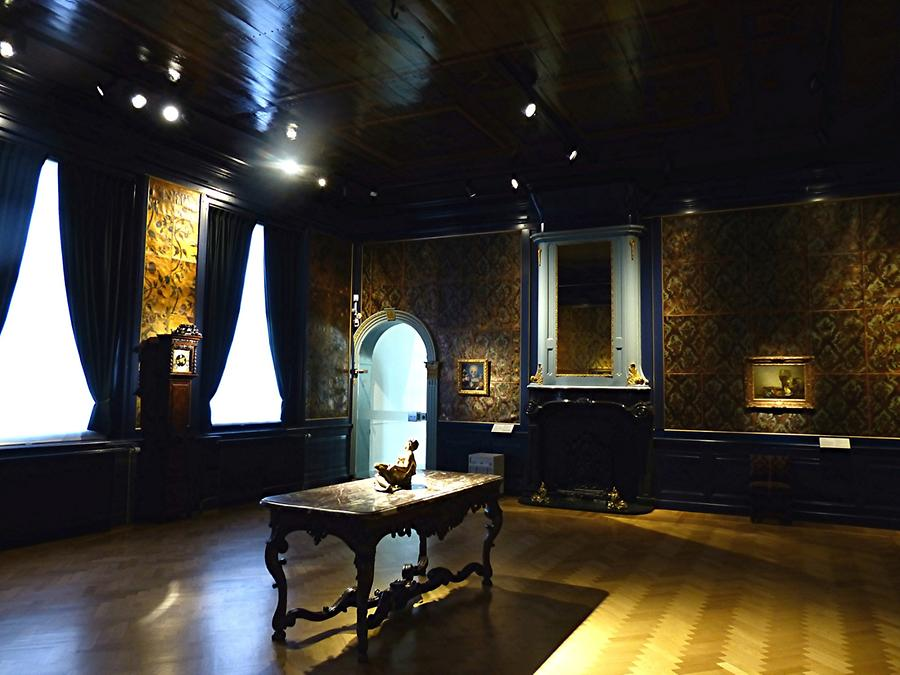 Haarlem - Frans Hals Museum; Room with Leather Wallpapers