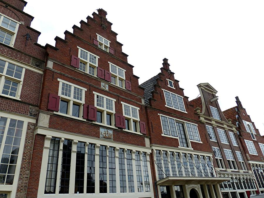 Hoorn - Embanquement; Housesfrom the 16th Century