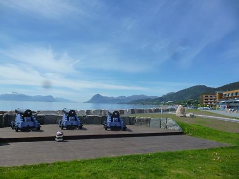 Molde - Cannons at the Harbour, Photo: T. Högg, 2014