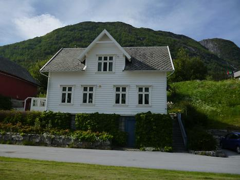 Bergen - House, Way to the city, Photo: T. Högg, 2014
