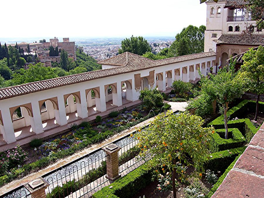 Granada – Alhambra: Generalife with Nasrid Palace