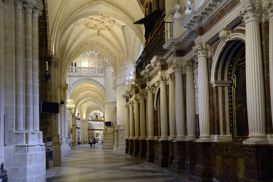 Burgos - Cathedral, Inside