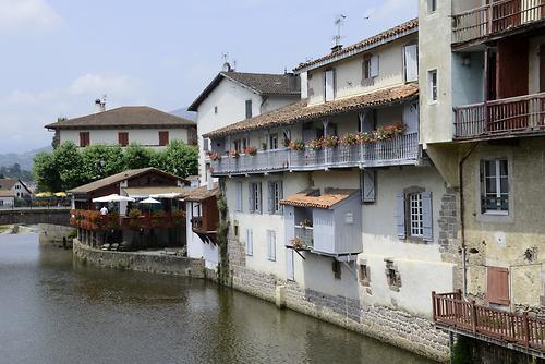 St jean pied de port 3 pyrenees pictures - Hotel des pyrenees saint jean pied de port ...