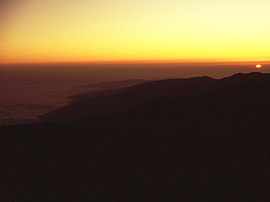 Sunrise in Teide Park