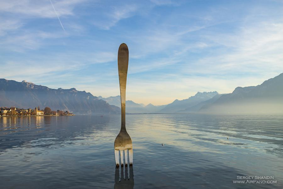 Fork of Vevey, a monument on Geneva Lake, Vevey, © AirPano