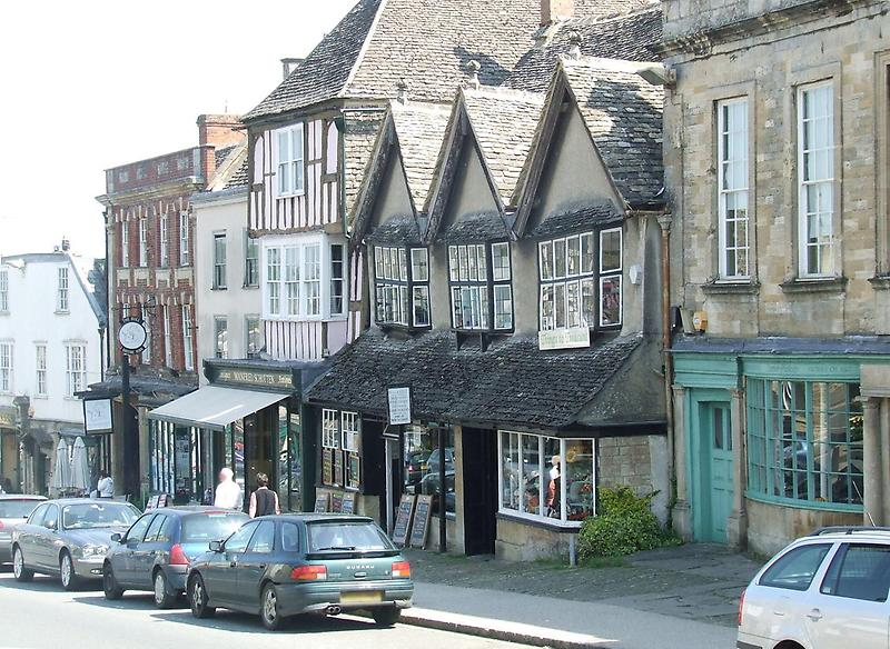 Shops, Burford