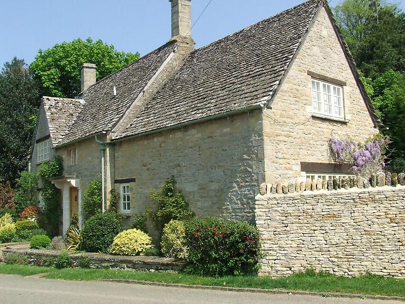 A sturdy Cotswolds house