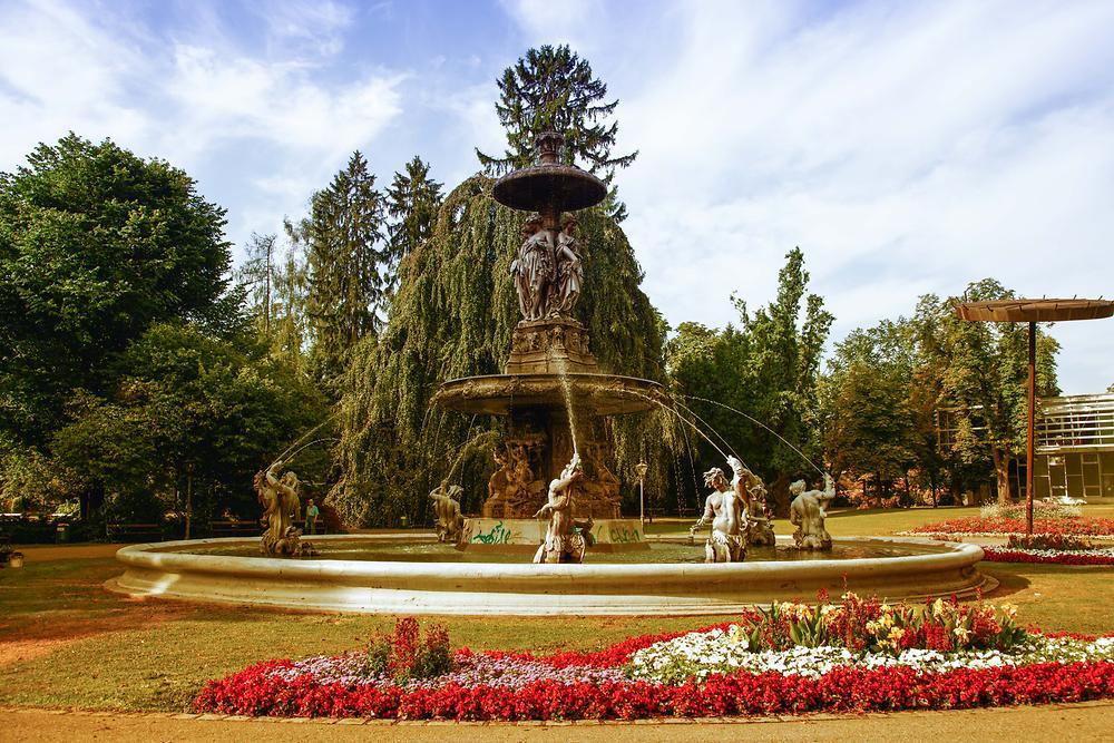 Graz Stadtparkbrunnen | Graz | Bildlexikon Steiermark | Bilder Im Austria-Forum