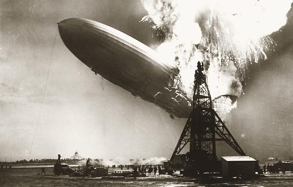 "Absturz der ""LZ 129 Hindenburg"" in Lakehurst"