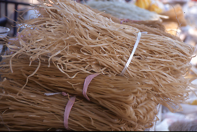 Dried and bundled noodles