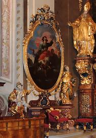 Seitenaltar im Chor, links