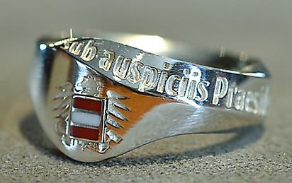Sub Auspiciis Ring